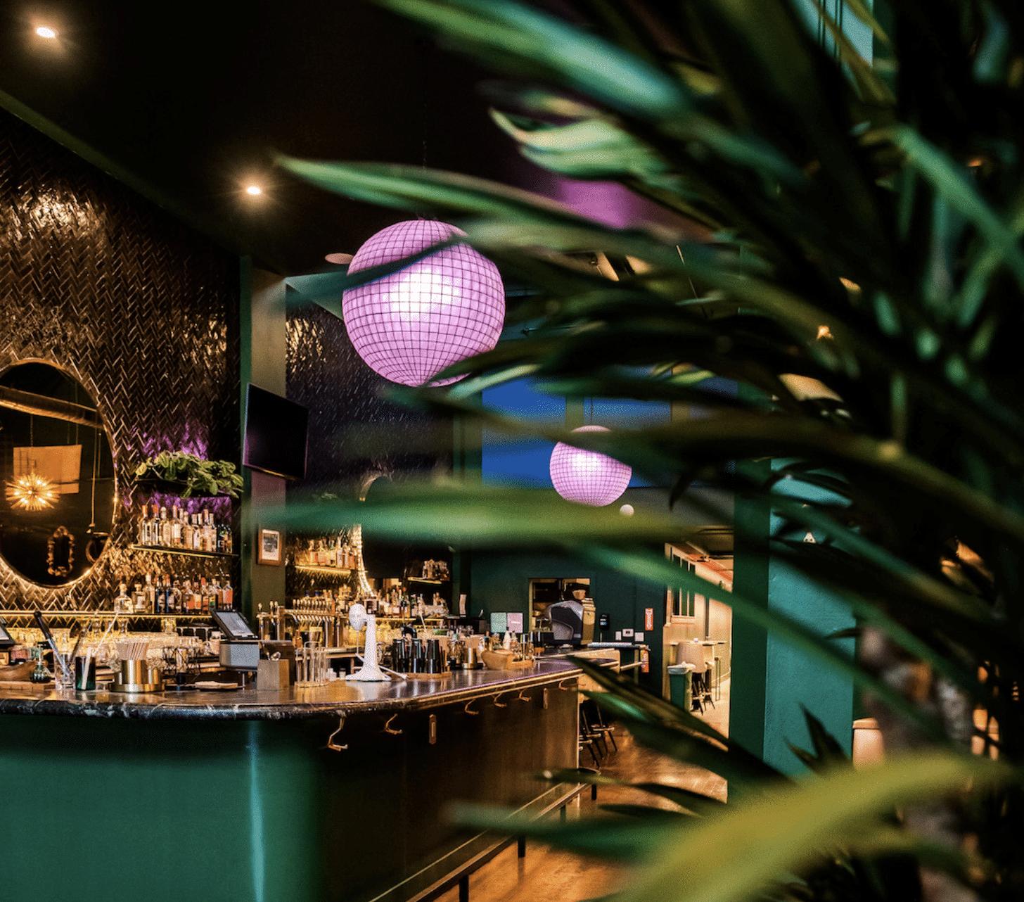 bar area at Sobre Mesa